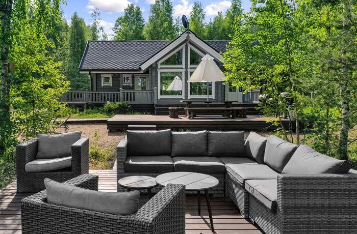 Heponiemen Villa - Vuokramökki Saimaalla aurinkoterassi